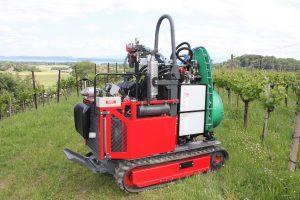 Tracteur Vitiplus Loeffel 95-3 avec sulfatage Fischer et turbine 500 + réservoir 120 litres
